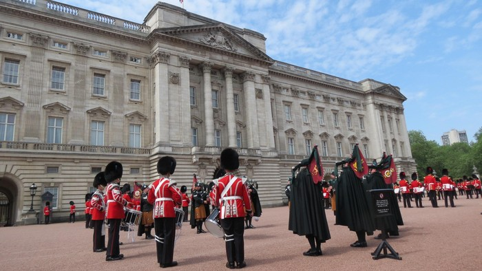 Upacara pergantian pasukan Istana Buckingham