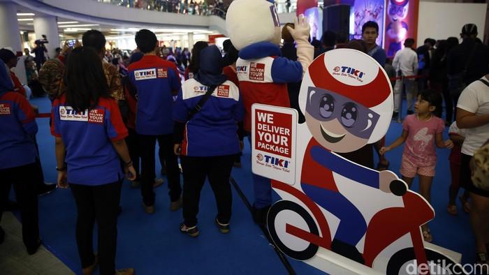 TiKi Expo digelar di Mal Ciputra, Jakarta. Dalam rangkaian kegiatan ini juga diluncurkan self service machine, aplikasi mobile TiKi, serta program TiKi membership TOOZ.