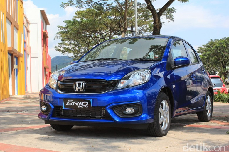 Honda Brio generasi terdahulu. Foto: Niken Purnamasari