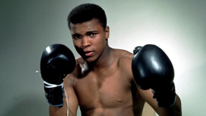 Gambar Mohammad Ali Kisah Petinju Dunia Cassius Clay Yang Berganti Nama Menjadi Muhammad Ali