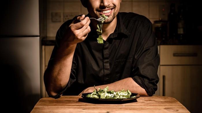Ilustrasi pria makan. Foto: Thinkstock
