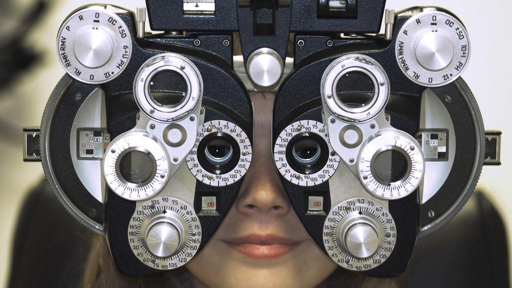 Penjelasan Dokter Soal Mata Remaja yang Buta Karena Junk Food