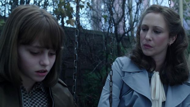 Lorraine diperankan oleh Vera Farmiga
