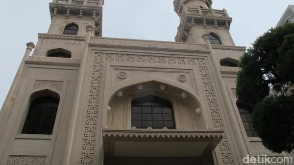 Jepang memiliki masjid cantik yang sudah berduri cukup lama, namanya Masjid Kobe. Bergaya tradisional India, masjid ini dibangun pada tahun 1928. (Afif/detikTravel)