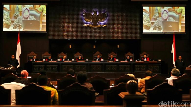 MK Hapus Pasal Kriminalisasi Jaksa di UU Peradilan Anak