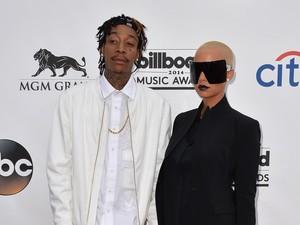 Rayakan Perceraian, Amber Rose dan Wiz Khalifa Party Bareng