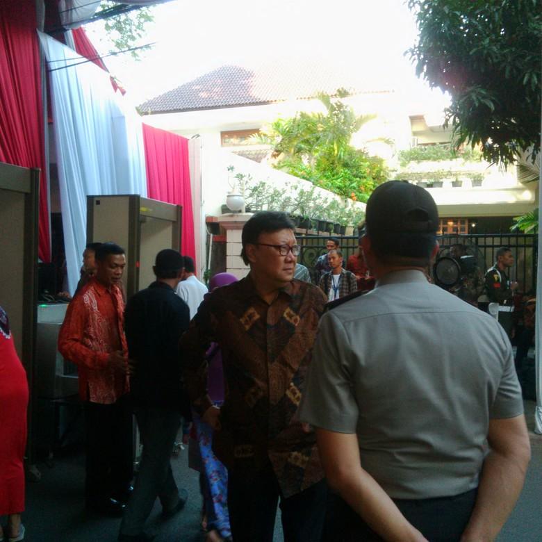 Pejabat Berdatangan ke Acara 1.000 Hari Alm Taufiq Kiemas di Rumah Megawati
