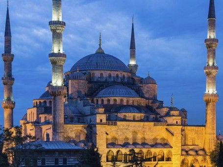masjid biru yang populer di Turki