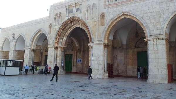 Begini Runutan Sepekan Ketegangan di Al-Aqsa