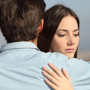 Calon Suami Pria Baik-baik Tapi Tak Direstui Ortu karena Berbeda Suku