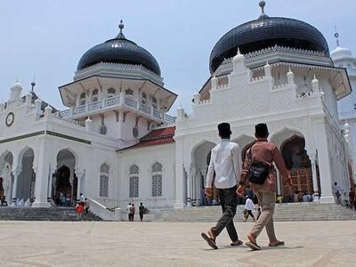 Liburan ke Banda Aceh, Jangan Takut Hukum Syariat Islam