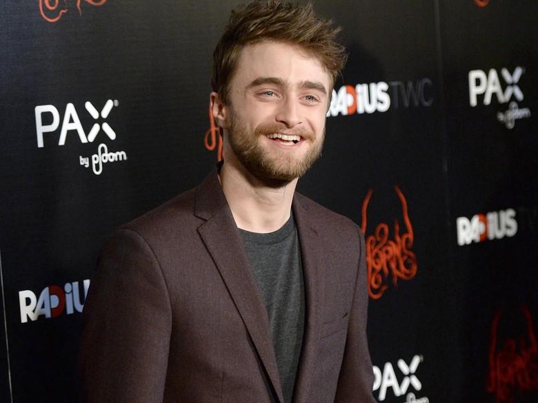 Daniel Radcliffe Sebut Film Harry Potter Belum Berakhir