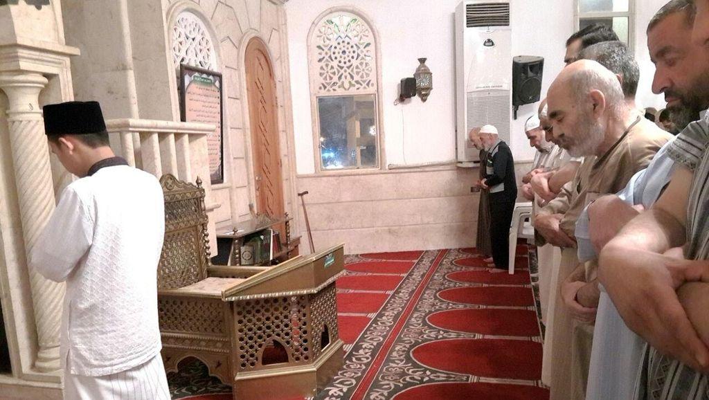 Ini Syarat Menjadi Imam Sholat yang Wajib Diketahui