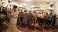 8 Syarat Menjadi Imam dalam Sholat Berjamaah, Wajib Tahu!