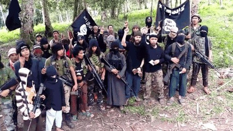 Komandan Abu Sayyaf Tewas Ditembak Militer Filipina