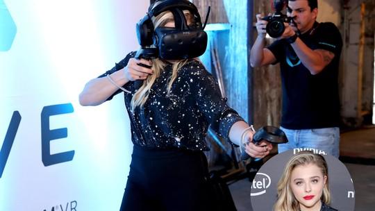 Brooklyn Beckham Kangen, Chloe Moretz Asyik Main VR