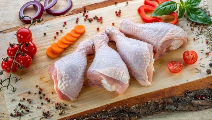 Ilustrasi daging ayam yang baik. Foto: iStock