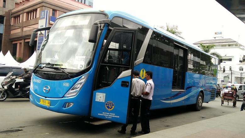 Bus DAMRI di Kota Bandung