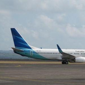 Cuaca Buruk, Pesawat Garuda Mendarat Darurat di Halim