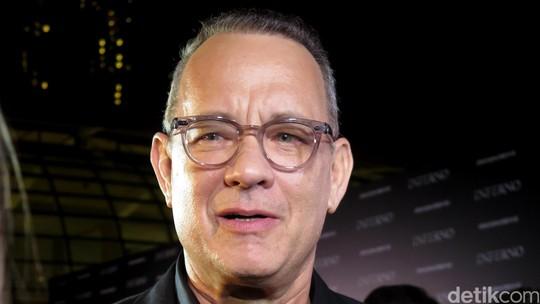 Kehadiran Tom Hanks di Red Carpet Inferno Disambut Fans Singapura