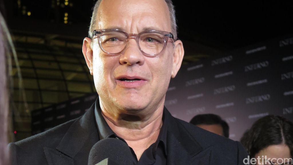 Tom Hanks Sumbangkan Darahnya untuk Pengembangan Vaksin Corona