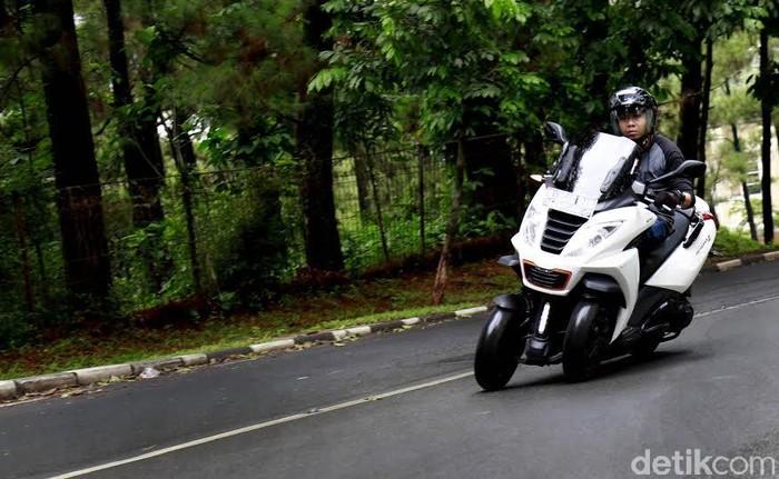 Peugeot Metropolis Motor Eropa yang Asyik Dikendarai di Indonesia.