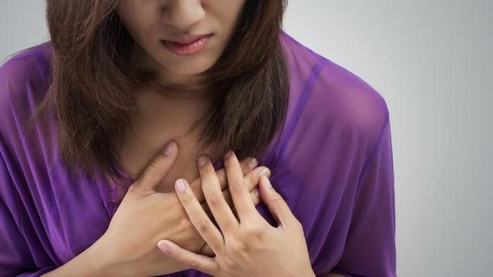 Ada kemiripan gejala antara serangan jantung dan asam lambung (Foto: thinkstock)