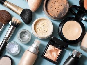 Wanita yang Pernah Mengidap Kanker Darah Tak Lagi Pakai 5 Bahan Makeup Ini