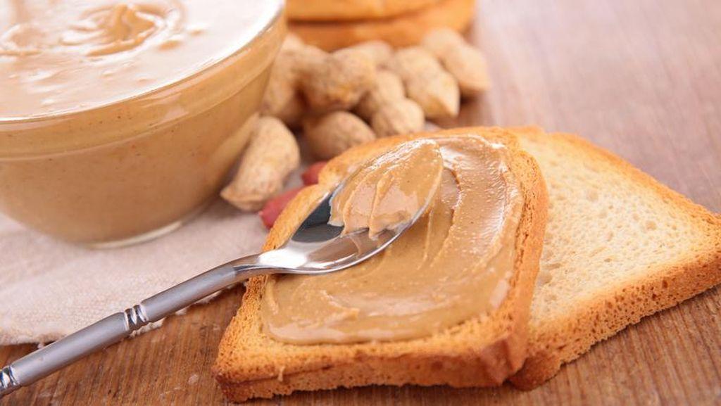 Sering Ngemil Kacang Bisa Cegah Penyakit Alzheimer dan Jantung