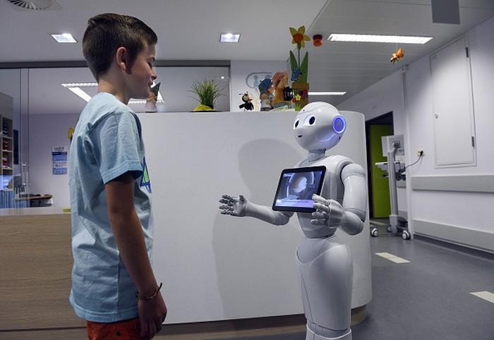 Ilustrasi robot. Foto: JOHN THYS/AFP/Getty Images