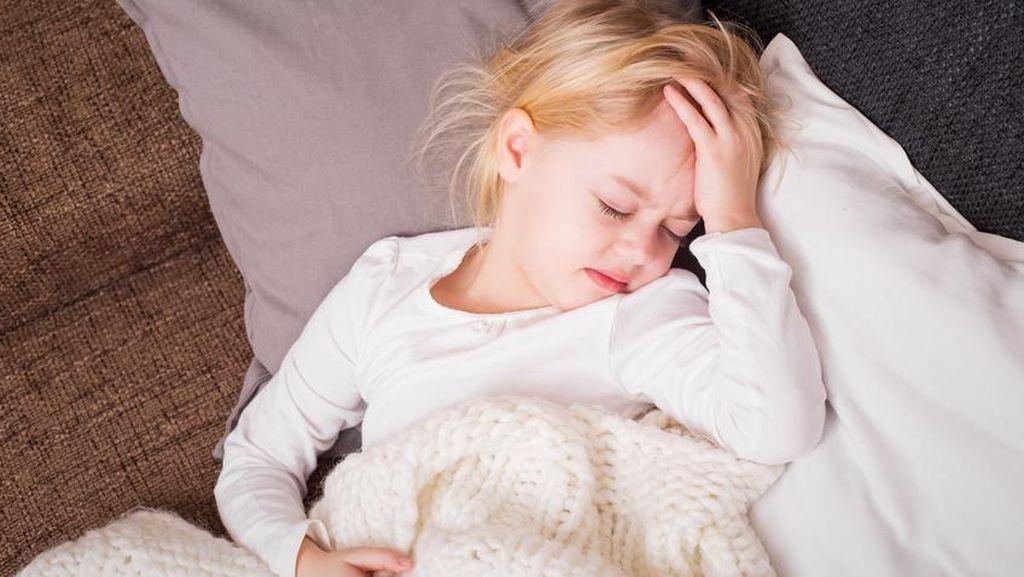 Si Kecil Sedang Flu dan Tak Nafsu Makan? 4 Minuman Sehat Ini Bisa Diberikan!