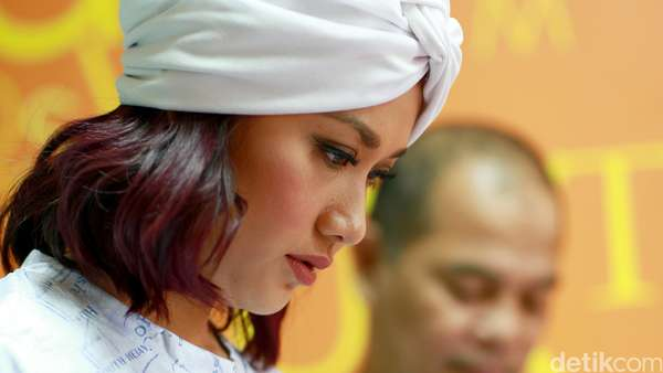 BCL dan Morgan Oey Bicara Soal Film Jilbab Traveler di detikcom