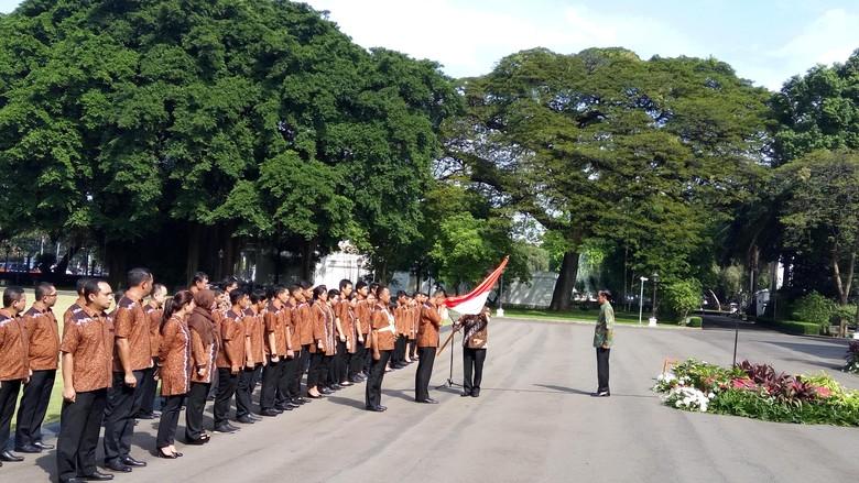 Lepas Atlet Olimpiade, Jokowi: Harumkan Nama Indonesia di Rio de Janeiro
