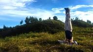 Keajaiban Yoga untuk Ratih & Rita