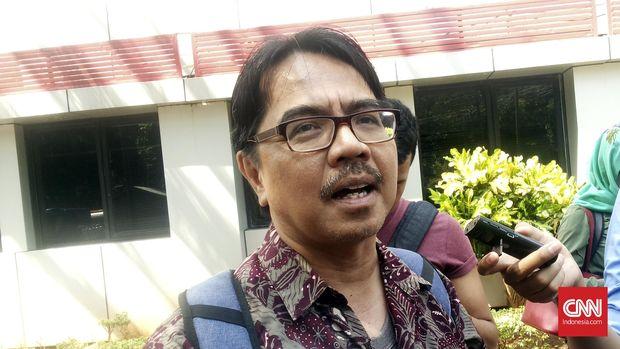 Ade Armando Sebut Kritik ke Anies Baswedan Jadi Fardu Ain