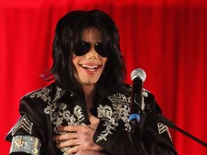 Di Antara Mendiang Musisi Lainnya, Michael Jackson Masih Jadi yang Terkaya