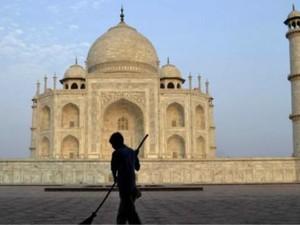 Puasa di India, Suhu 45 Derajat dan Suara Azan yang Tak Selalu Terdengar