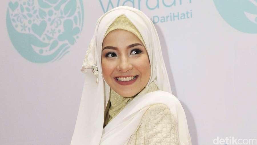 Perut Hamil 9 Bulan Natasha Rizki