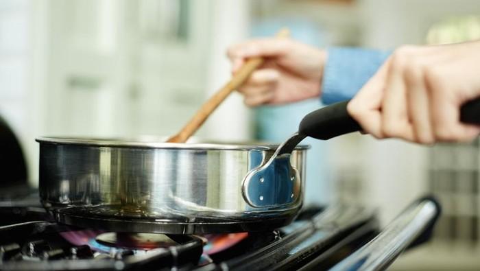 Ada beberapa makanan yang tidak baik jika dipanaskan kembali. Foto: iStock