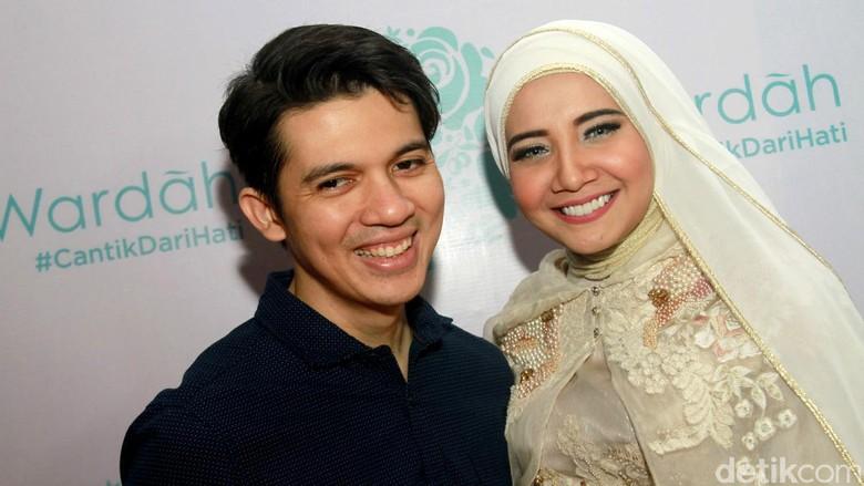 Irwansyah dann Zaskia Sungkar Foto: Gus Mun/detikHOT