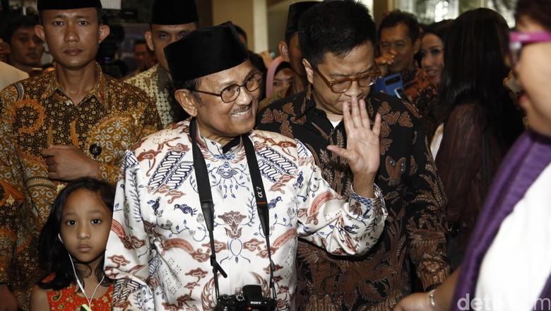 BJ Habibie Sebut 3 Hal Ini akan Perkuat Indonesia