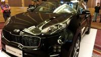Kia Sportage terbaru itu memadukan gaya desain berkarakter tajam dan halus di setiap lekukan sudutnya.