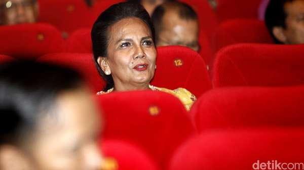 BCL Hingga Christine Hakim di Pemutaran Rudy Habibie
