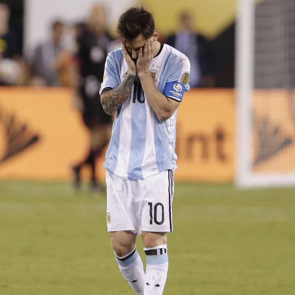 Maradona Percaya Messi Akan Kembali Perkuat Argentina