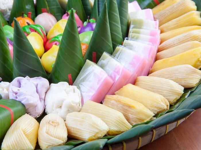 Indonesian Food Jajanan pasar various cake