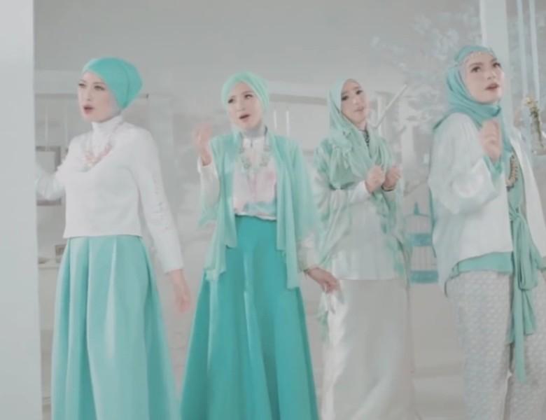 Noura Ajak Berhenti Galau di Video Klip Berhenti Bersedih