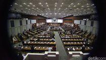 DPR Sahkan UU Tax Amnesty dan APBNP 2016