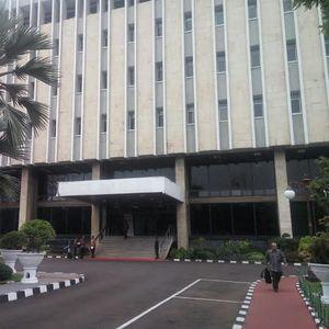Pejabat Kementerian ESDM hingga TNI Merapat ke Kantor Darmin