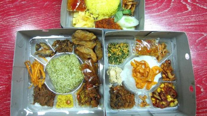 Dapur Panglima Nikmatnya Nasi Kotak Udang Raos Dan Pandan Wangi