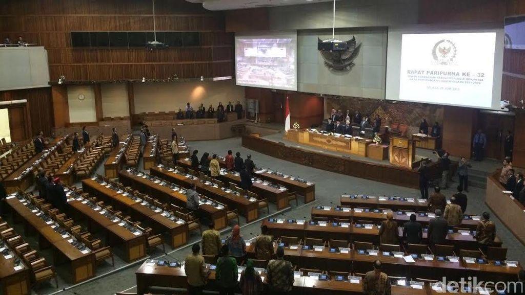 DPR Gelar Rapat Paripurna Bahas APBN-P 2016 dan Tax Amnesty